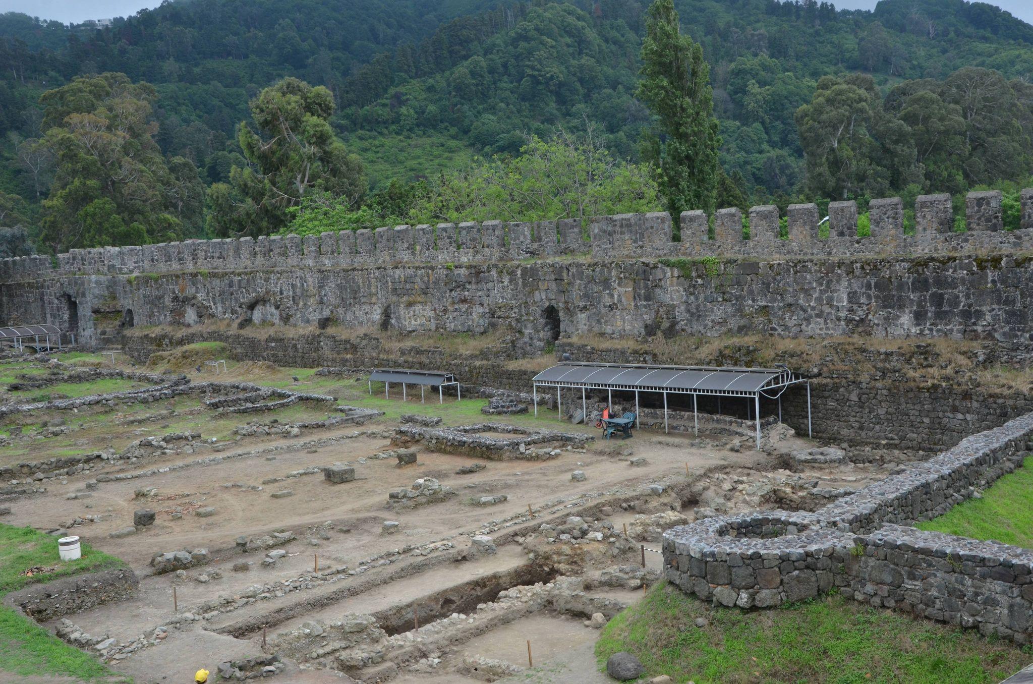 Археологические раскопки в Гонио-Апсаросе завершены
