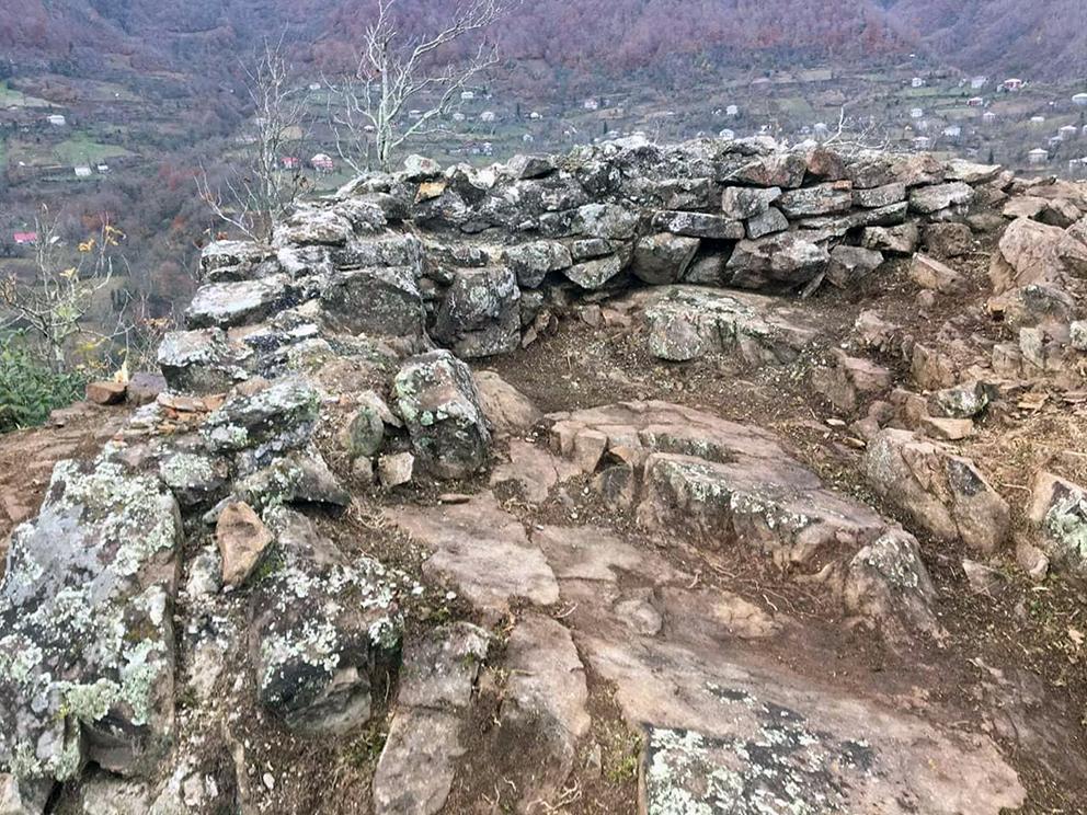 სოფელ კოლოტაურში  არქეოლოგიური გათხრები მიმდინარეობს